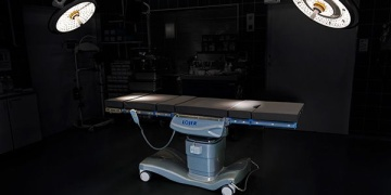 Lojer introduces new versatile operating table
