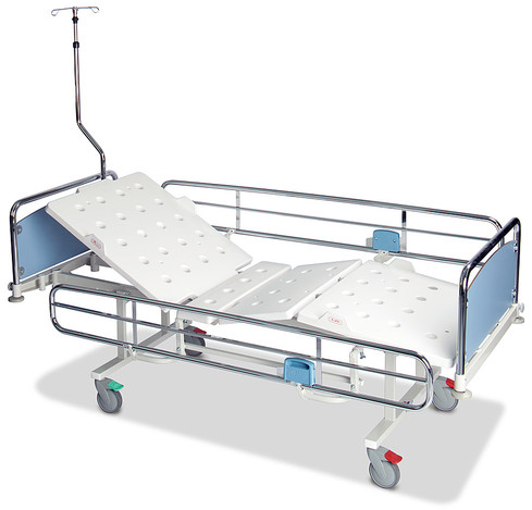 Salli F3 Fixed Height Hospital beds