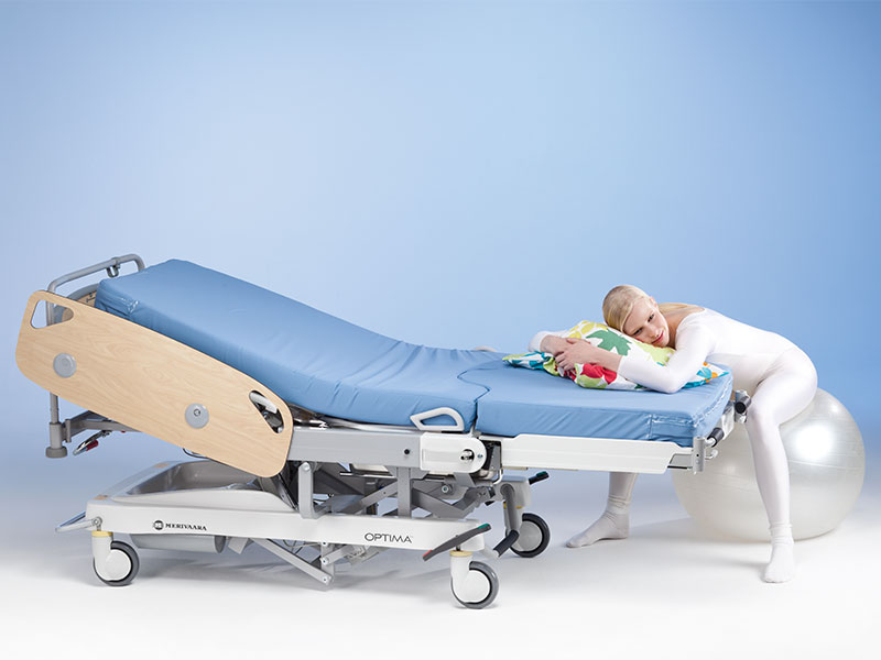 optima-birthing-bed-6__800x600.jpg