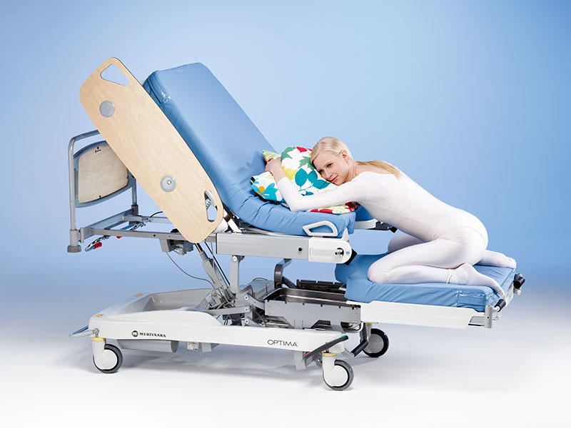 optima-birthing-bed-8__800x600.jpg